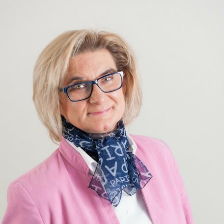 Ewa van den Brink-Machowska - Royal De Heus